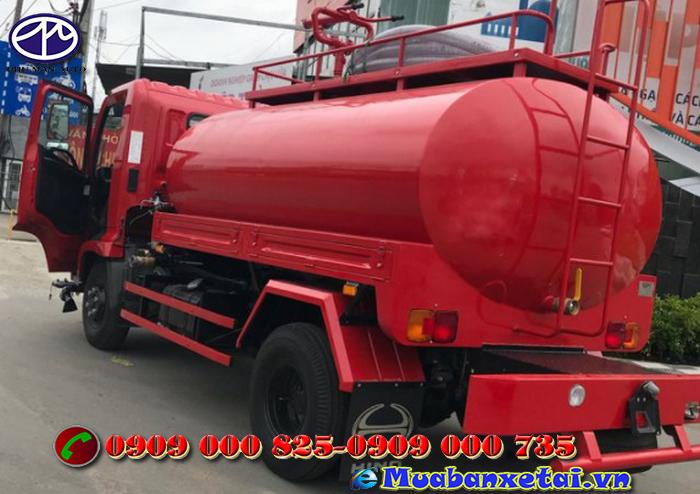 Ngoại thất xe tưới nước rửa đường Hino 6 khối