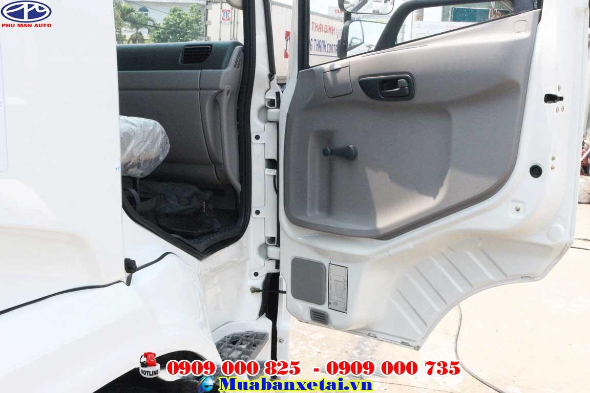 Cửa trước tài xế xe tải dongfeng