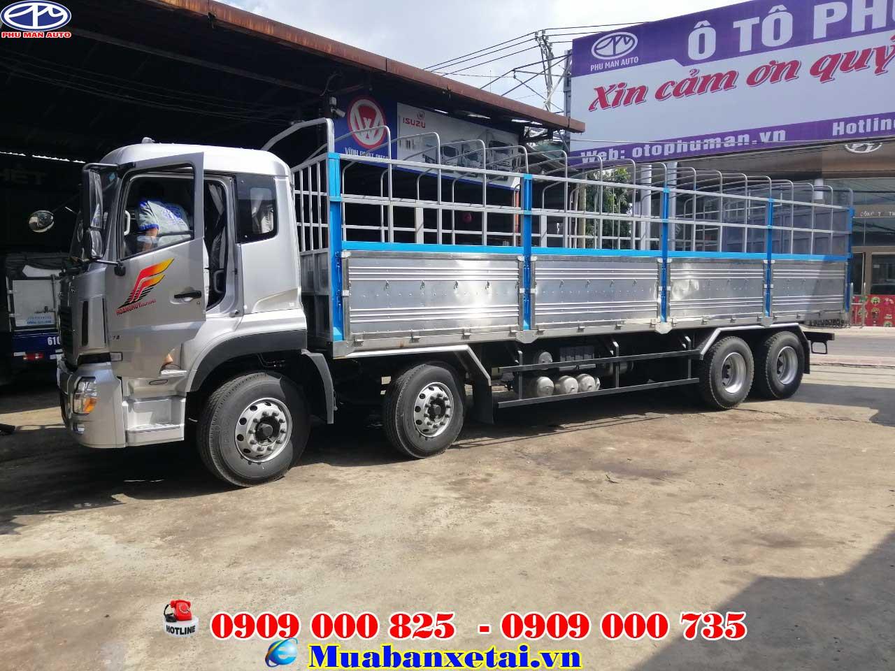Nội thất xe tải Dongfeng YC310 4 chân