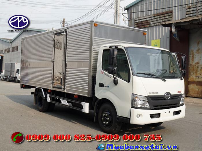 Xe tải Hino 3.5 tấn thùng kín - XZU720L