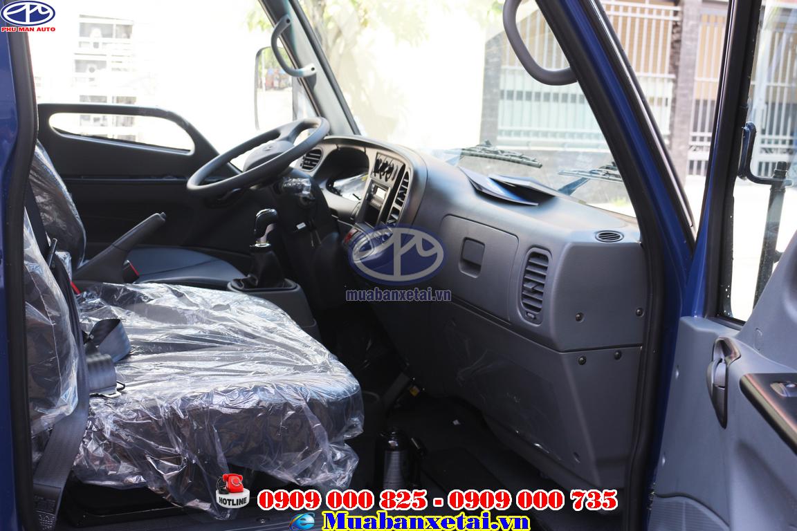 Kính lái chỉnh điện, vô lăng điện gật gù trợ lực, mang đến cảm giác lái xe nhẹ nhàng.