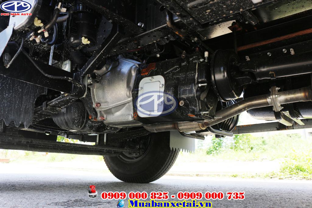 Xe tải isuzu 1.9 tấn thùng dài 6.2m sử dụng động cơ isuzu hiện đại