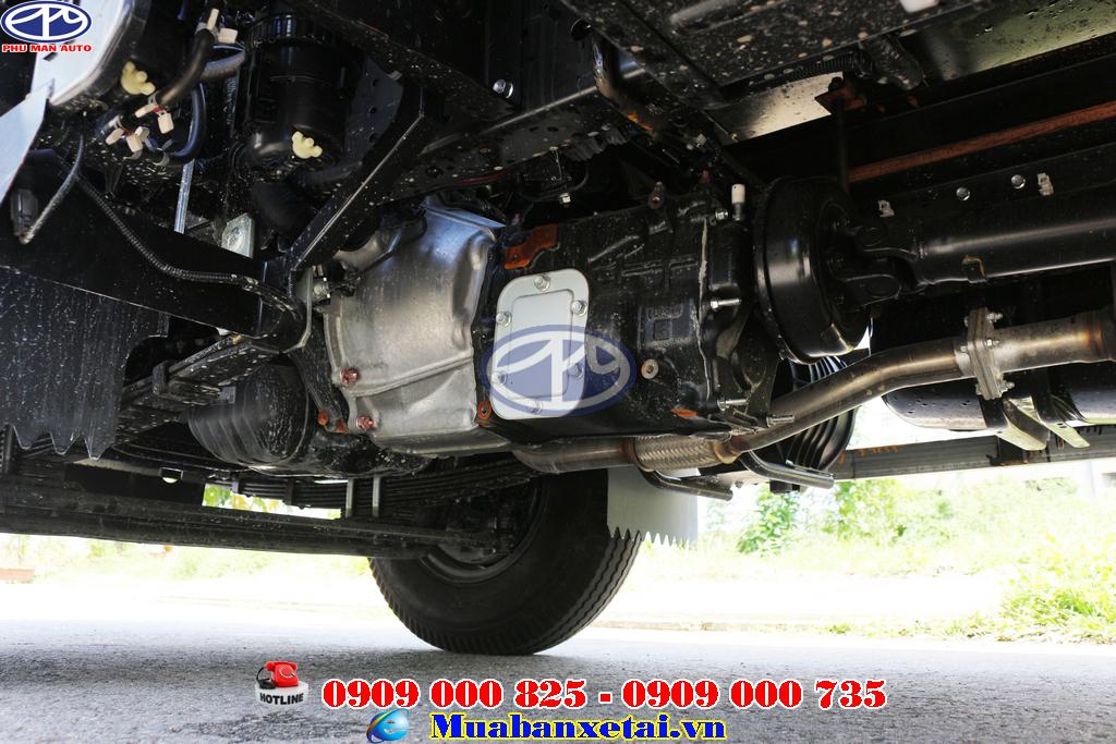 Động cơ xe tải Isuzu 1.9 tấn thùng kín QKR270