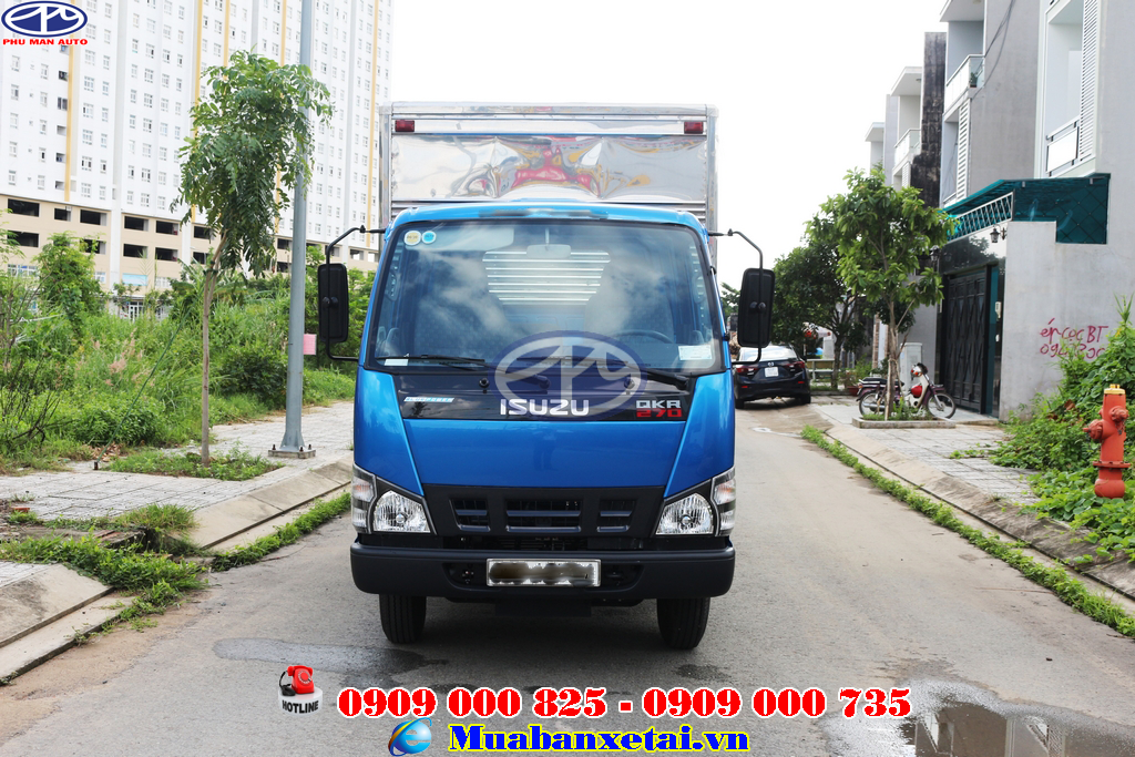 Vô lăng xe tải Isuzu 1.9 tấn thùng kín QKR270