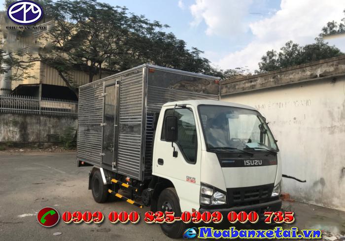 Xe tải Isuzu 2.5 tấn thùng kín QKR77FE4