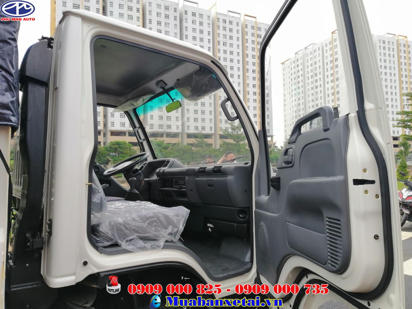 Nội thất xe tải Isuzu 3T49 thùng bạt