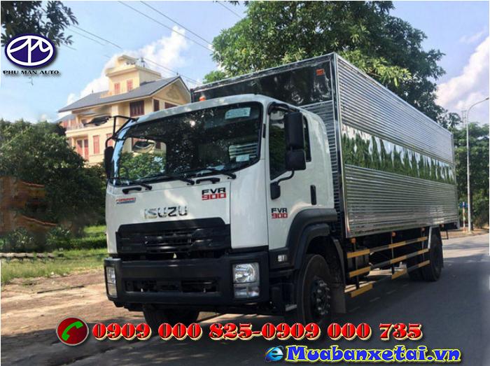 Xe tải Isuzu 8t2 thùng kín FVR34QE4 được nhà máy cho ra mắt  vào đầu năm 2018