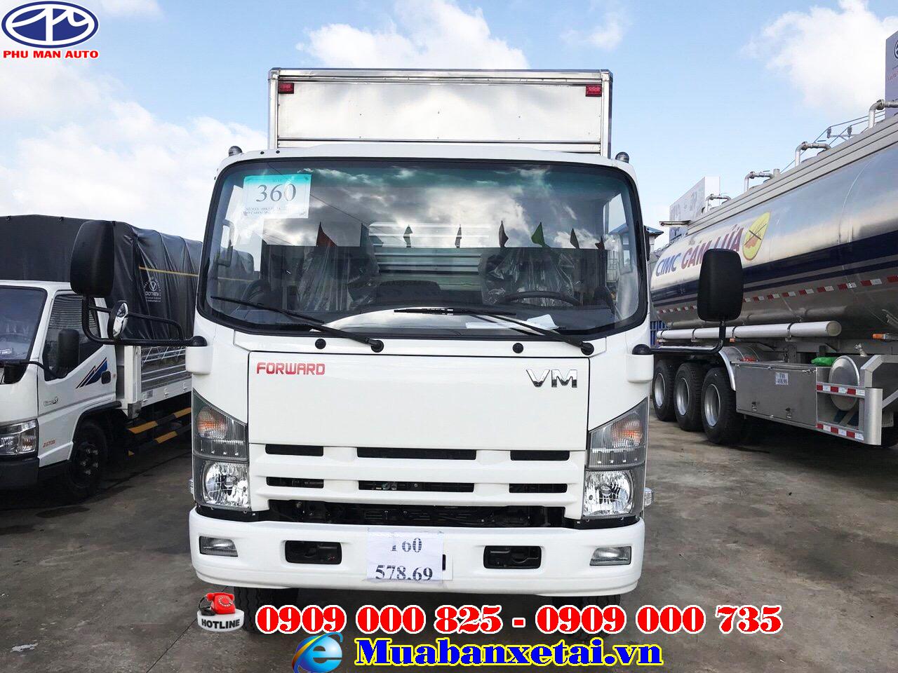 Nội thất xe tải Isuzu vĩnh Phát 8T2 thùng kín
