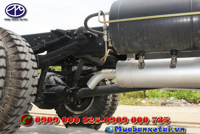 Bánh sau xe tải jac 4.95 tấn