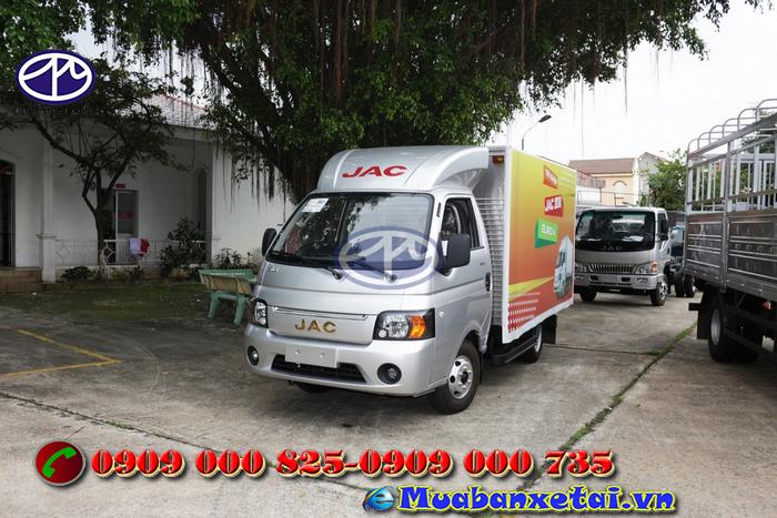 Xe tải Jac X5 sản phẩm được đóng thùng theo yêu cầu của khách hàng