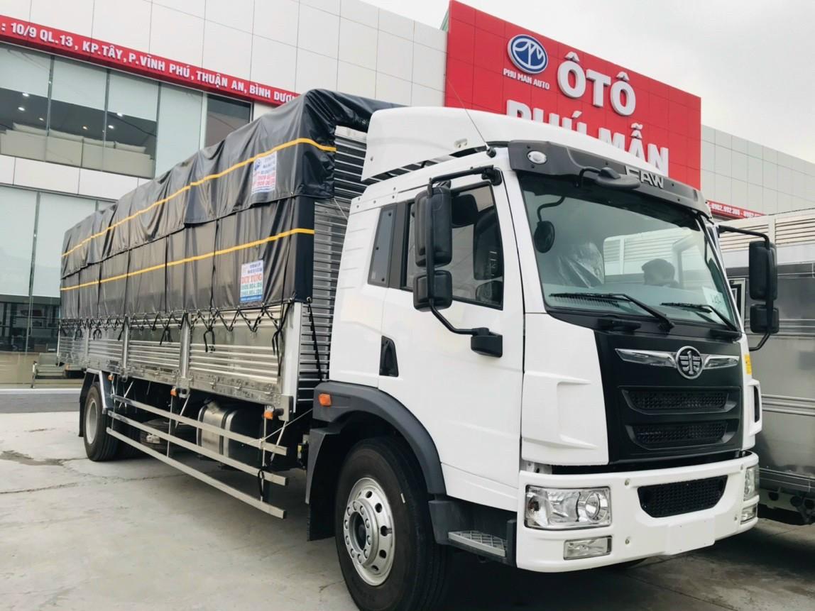 xe tải faw 8t7 thùng bạt